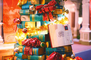 クリスマスブックツリーの写真・画像素材[2864153]