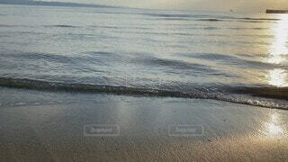 自然,海,夕日,屋外,湖,砂,ビーチ,砂浜,波打ち際,波,水面,海岸,旅行,夕陽,島根県,稲佐の浜,出雲市
