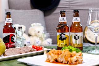 クラフトビールの飲み比べ🍻の写真・画像素材[2809423]