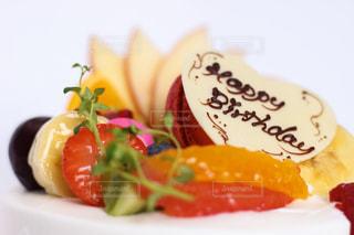 バースデーケーキの果物の写真・画像素材[3147436]