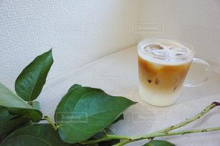 コーヒー,カフェラテ,cafe,おうちカフェ,ベージュ,色,ミルクティー,草木,photo,tea,フォトジェニック