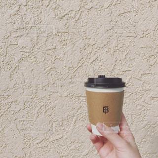 女性,コーヒー,手,壁,カフェラテ,ミルク,ドリンク,ベージュ,ホット