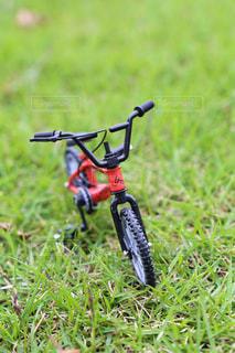 ミニチュア自転車のクローズアップの写真・画像素材[2098304]