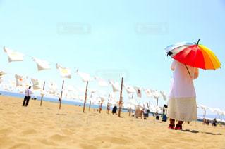 女性,空,後ろ姿,砂浜,景色,人物,背中,人,後姿,高知県,Tシャツアート,海と空と私