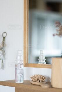 屋内,花瓶,ボトル,コスメ,テキスト,ヘアオイル
