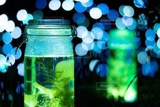 瓶を閉じるの写真・画像素材[2783869]