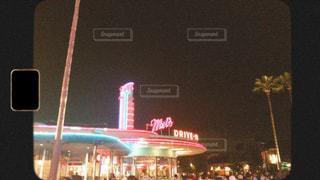 空,建物,夜,標識,都会,明るい,フィルム,フィルム写真,フィルムフォト