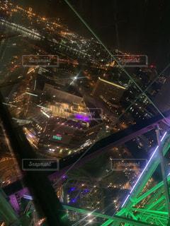 夜のライトアップ・シティの写真・画像素材[2174260]