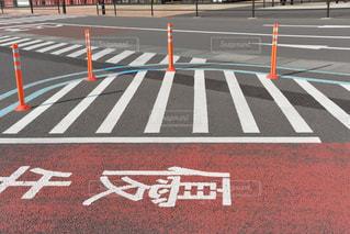 道路脇の標識の写真・画像素材[2179673]