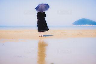 女性,海,後ろ姿,人物,浜辺