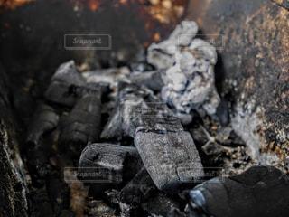 炭の写真・画像素材[2368529]