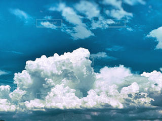 空の雲の写真・画像素材[2415340]