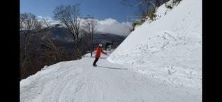 女性,アウトドア,スポーツ,雪,丘,人物,ゲレンデ,レジャー,スキー場,スノーボード,斜面,ウインタースポーツ