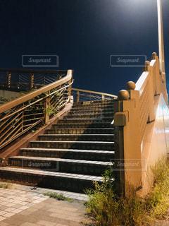 ライトアップ階段の写真・画像素材[2147195]