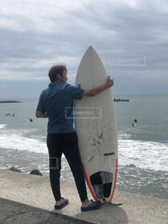 サーフィンの写真・画像素材[2237393]