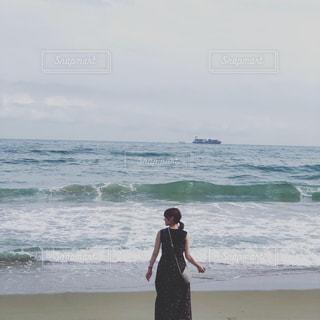 海,屋外,サーフィン,ビーチ,波,水面,景色,女,人物,人,フィルム,マリンスポーツ,フィルム写真,フィルムフォト