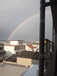 都市の虹の写真・画像素材[2507878]