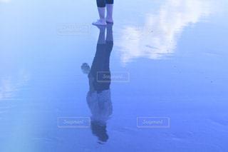 水面鏡の写真・画像素材[2328940]