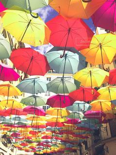 傘,海外,カラフル,晴れ,水,いっぱい,パリ,たくさん,雫,海外旅行,雨の日,フォトジェニック,インスタ映え
