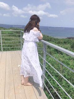 女性,風景,海,空,屋外,後ろ姿,沖縄
