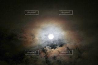 月がさの写真・画像素材[2411742]