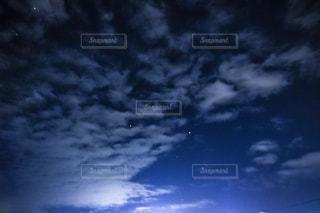 ウロコ雲の写真・画像素材[2413668]