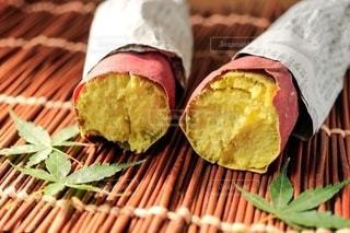 焼き芋の写真・画像素材[2671533]