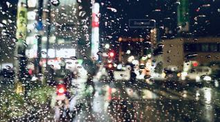 夜,雨,水,水滴,車内,街,ガラス,水玉,雫,しずく