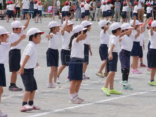 運動会,小学校,一眼レフ,集合,リレー,赤白,準備運動