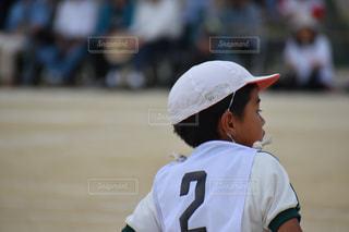 バットを持っている野球選手の写真・画像素材[2132934]