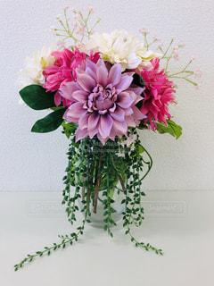 花,屋内,ピンク,花瓶,葉,花びら,flower,みどり,華やか,パステルカラー,可愛い色