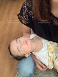 自撮り,人物,人,赤ちゃん,可愛い,寝てる,0歳,授乳後