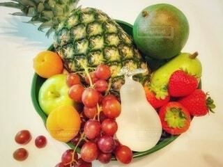 新鮮な果物盛り合わせフルーツバスケットの写真・画像素材[3854559]