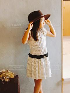 屋内,帽子,女子,女の子,少女,壁,カワイイ