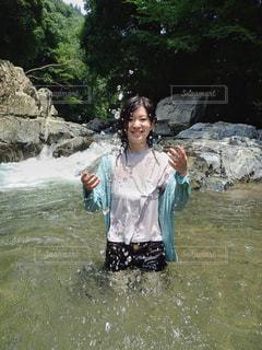 川遊びの写真・画像素材[2129318]