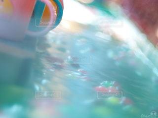 、スイミングプールの写真・画像素材[2121692]