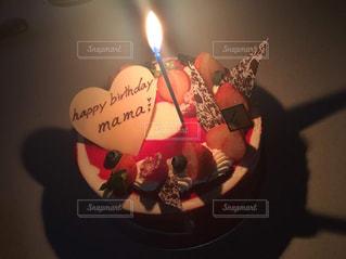 ケーキ,ハート型,ハート,誕生日ケーキ,ロウソク,ハートのチョコ