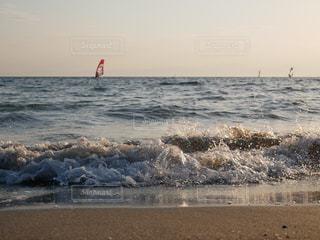 海,波,逗子