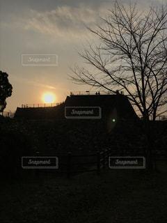 風景,空,夕日,屋外,太陽,城,お城,光,夕陽