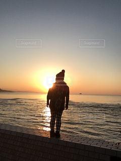 海,後ろ姿,夕焼け,人物,背中,人,後姿