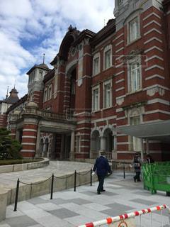 男性,風景,建物,駅,東京駅,都会,人物