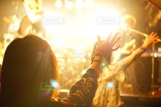 後ろ姿,人物,背中,人,ライブハウス,ライブ,バンド