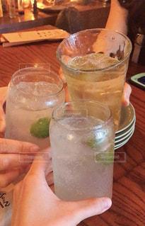 女子,グラス,乾杯,ドリンク,女子会,ジンジャエール,ジャスミンティー