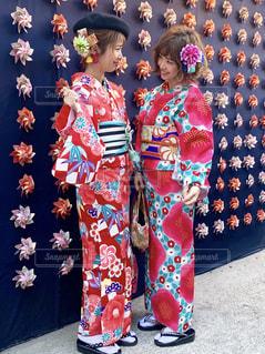 浅草のフォトジェニックスポット花月堂の風車とお着物の写真・画像素材[1773273]