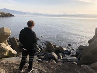海,後ろ姿,人物,背中,人,福岡,男子高校生