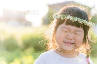 満面の笑顔の少女の写真・画像素材[2329173]