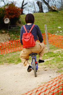 自転車,後ろ姿,人物,背中,人,成人