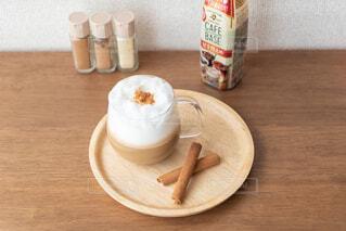 テーブル,カップ,おいしい,ドリンク,カフェベース,わたしのカフェベース,ボスカフェベース
