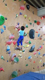 子ども,スポーツ,屋内,室内,小学生,運動,男の子,ボルダリング,男児,室内スポーツ
