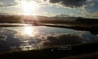 空に雲の群しをするの写真・画像素材[2419044]